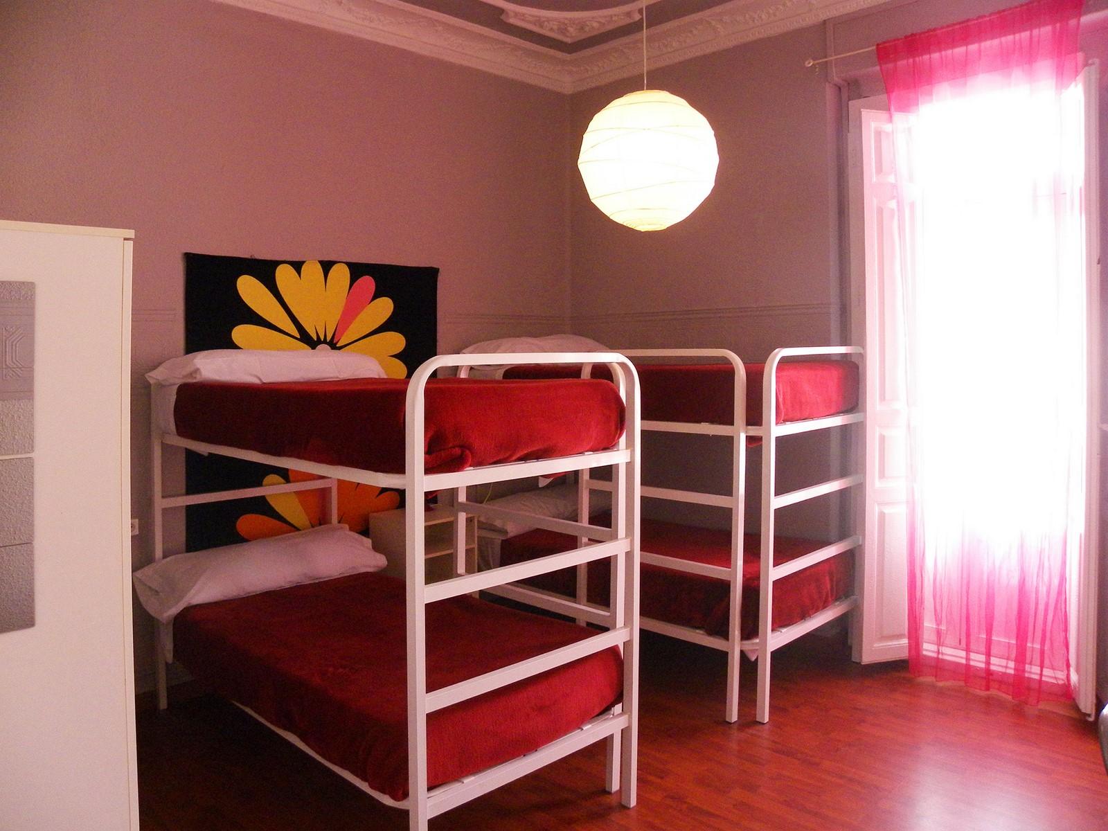 valencia-rooms-habitaciones-de-dos-literas-para-4-personas-foto-principal